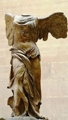 ar_Nike_of_Samothrake_Louvre-bl