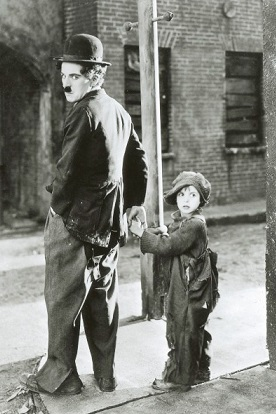 Charles_Chaplin_Jackie_Coogan-b